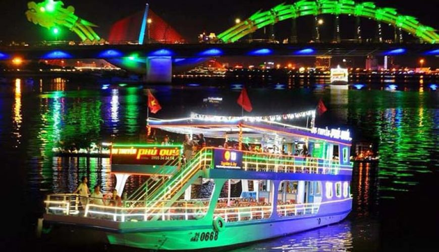Cruise on Han river