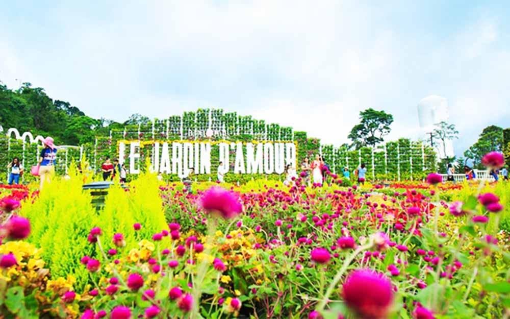 Le Jadin D'Amourd Garden