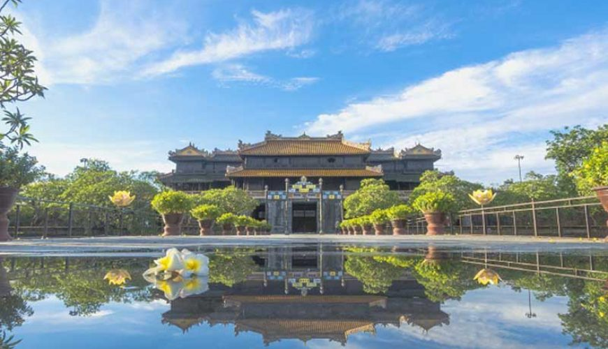 ticket price to visit tourist attractions in Hue